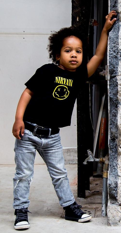 Nirvana kinder t-shirt Smiley photoshoot